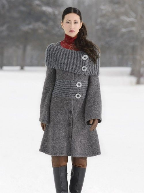 Showstopper! Pattern: Moscow Coat Designer: Vladimira Cmorej