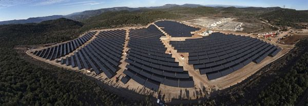 La centrale solaire de verrerie, l'une des plus puissantes de France