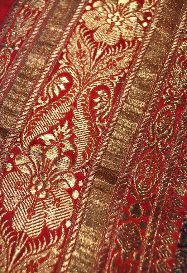 indian silk brocade sari borders   ... gold and violet Benares brocade Indian sari   Carolyn Forbes Textiles