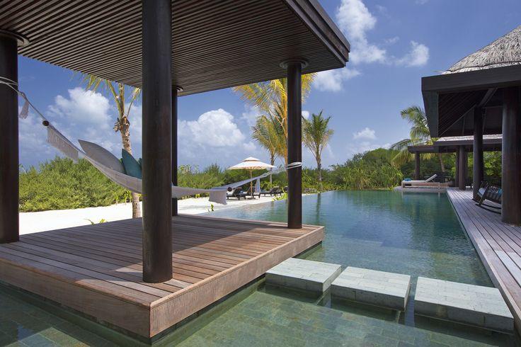 Maldivlerde gizlilik istediğinizde seçebileceğiniz en iyi tercihlerden birisi Anantara Kihavah... Daha fazlası için uzmanlarımız sizden haber bekliyor. Hadi hemen iletişime geçelim ...