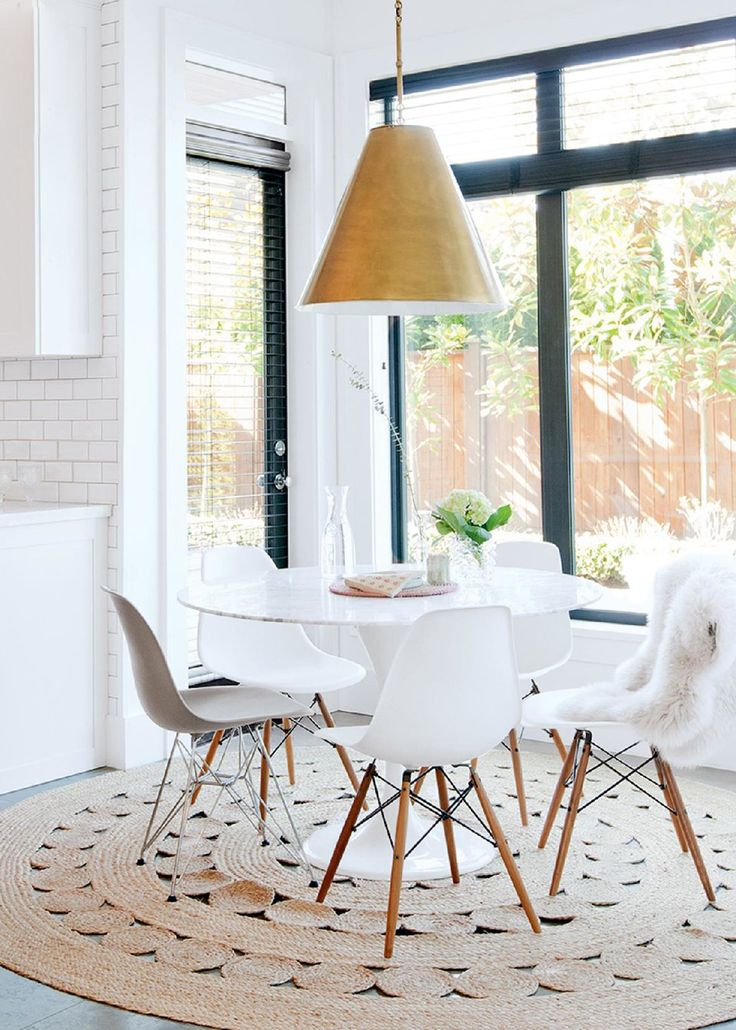 High + Low Roundup :: Round Pedestal Dining Tables   Coco+kelley Coco+