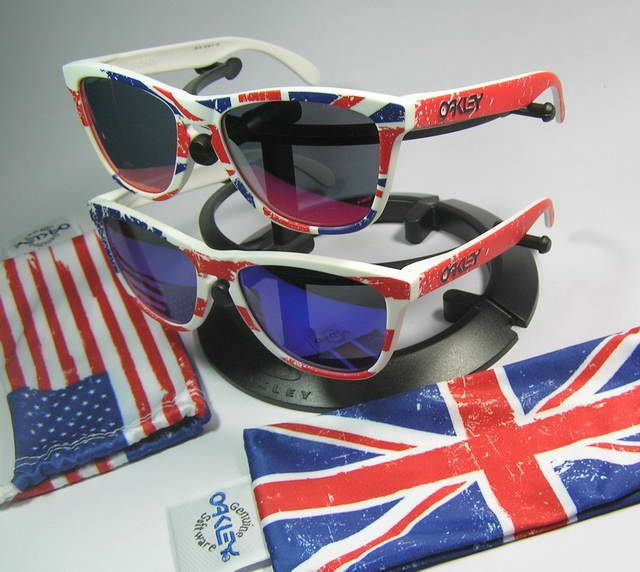 See more awesome Frogskins: http://www.oakleyforum.com/forums/oakley-frogskins-discussion.22/