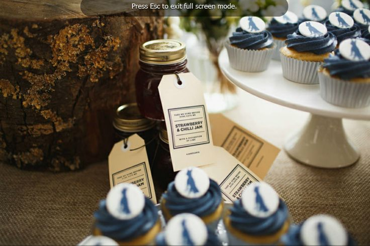 Cupcake vignette by Four Leaf Styling | Justin Hill Photography