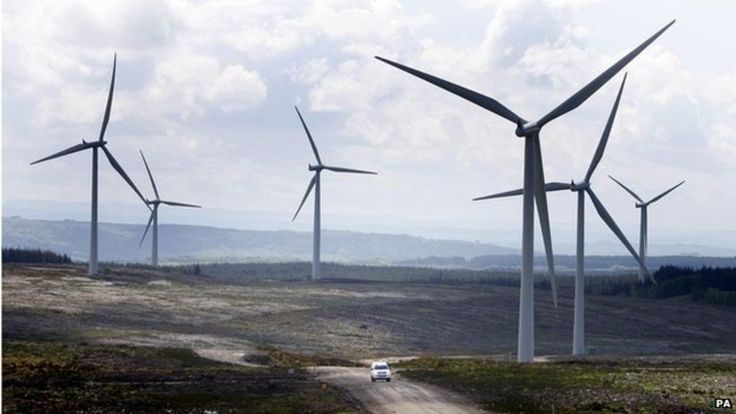 Extra cost of wind and solar power outweighed by energy saving, says report.