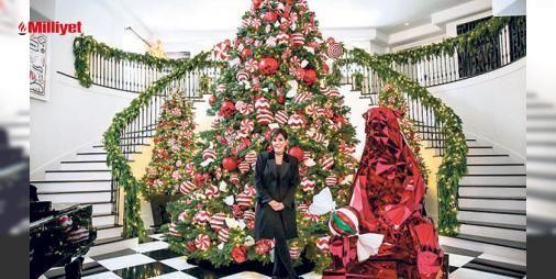 Ağaç işini abarttı : Süsleme işini abartan Jennerın6.7 metre uzunluğundaki ağacı şaşırttı. Beverly Hillsteki Four Seasons Hotelin dekoratörüyle anlaşan şov yıldızı masraftan kaçınmadı. 10 bin ışıkla süslenen ağaçta şeker şeklinde 200 tane balon bulunuyor. ...  http://www.haberdex.com/magazin/Agac-isini-abartti/138592?kaynak=feed #Magazin   #işini #kaçınmadı #ışıkla #masraftan #şov
