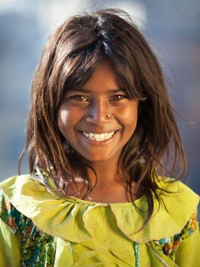pretty smile! Nepal, Kathmandu, Pashupatinath © Anton Jankovoy