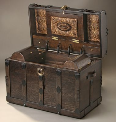 If my room was themed...captain's cabin/world traveler Trunks Antique: Trunk Antique Chest Wooden Boxes-Jackpot!