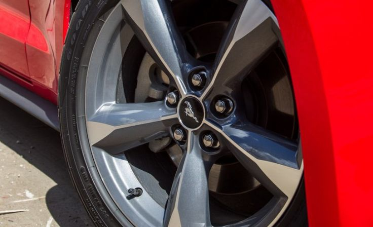 2015 Ford Mustang V-6 Car Wheel Pictures