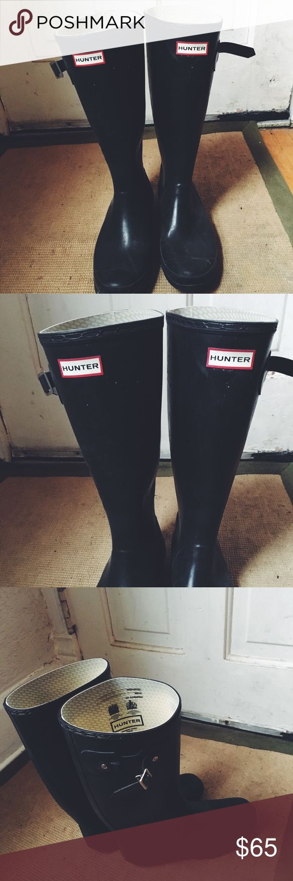 Black Tall Hunter Rain Boots! These were my favorite shoes! A great classic boot! They are durable and cute! They have been worn quite a bit - but still in great condition! The straps on the side might need attention! Hunter Boots Shoes Winter & Rain Boots