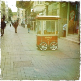 A lonely food cart in Istanbul, Turkey via Instatog Around The World.