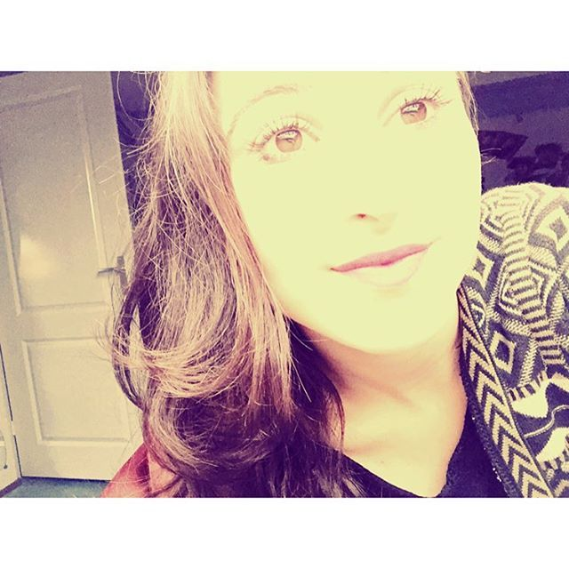 when the #sun is #shinig #bright my #face #dissapear #oops #hahah #selfie #hi #me #girl #smile #goodnight #directioner #watch #my #youtube #video #please  GUUYS!! I DID THE DIRECTIONER TAG!! MY FIRST EVER YOUTUBE VIDEO !!  GIVE IT A LOOK   #video #OneDirection  https://t.co/ubH6P2N9jF :)