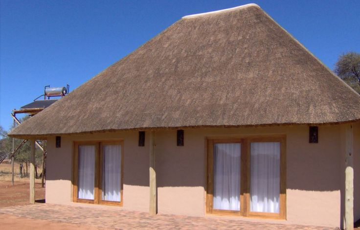 Hanno and Bardina van Rensburg at Authentic African Adventures. Luxury 4 star accommodation.