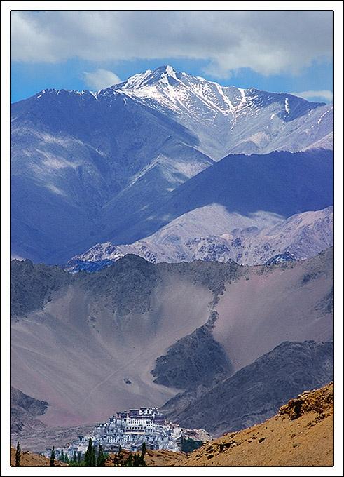 http://lakani.com/tours/india/ladakh-with-srinagar-2013/ // Ladakh