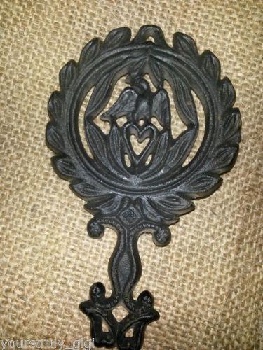 Cast-Iron-Griswold-Cast-Iron-Trivets-1736-Vintage-Antique