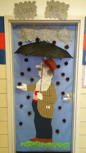274 best images about creative classroom pics on pinterest for Decoration porte halloween