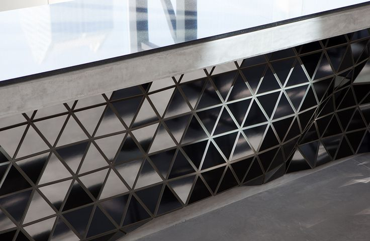 Reign Restaurant #materials #freeform #organic #parametric #wood #flexible #design #innovation #digital #architecture #cladding #startup #dubai