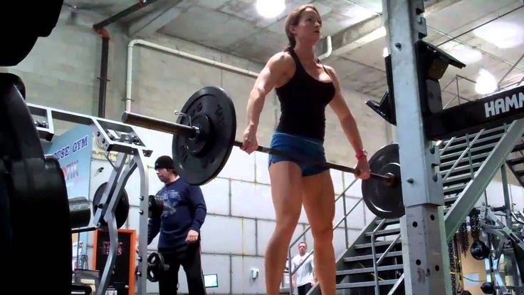 Erin Stern practices hang snatch