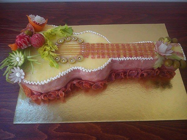 Nie všetky torte musí byť nutne sladké. Môžu byť napríklad aj slané