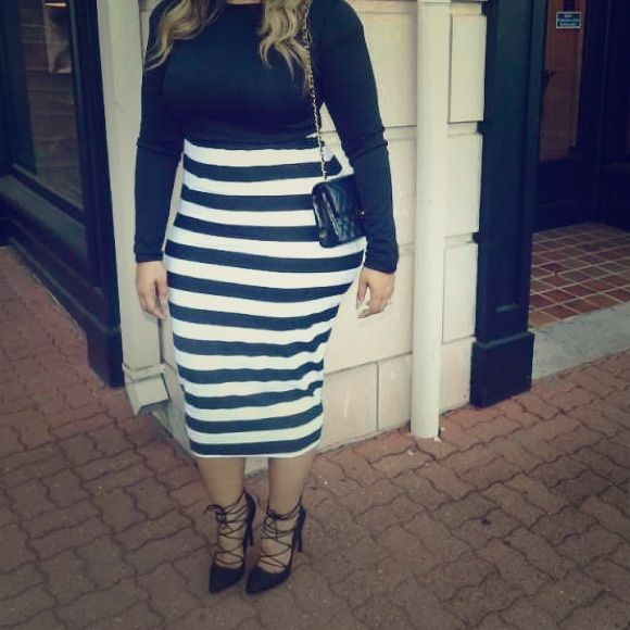 """Grisel. Plus Size Striped Pencil Midi Skirt 2x Never worn Plus sized 2x Skirt by Grisel (Now RebDolls) - 95% Cotton 5% Spandex - Midi Length: 34.5"""" - High Waist Band - Body Conscious Grisel defines simplistic, yet excitable fashion that throws a curve, or two.                                                              Small Spot on the back lower. Actually did this when I was ironing to post. Grisel Skirts Pencil"""