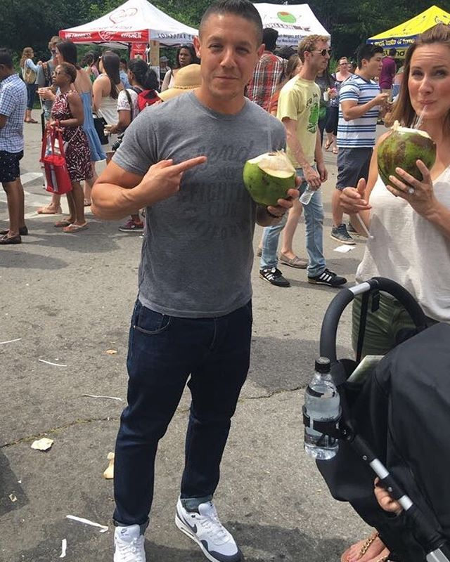 Stay Hydrated today in this weather with a fresh Coconut 🌴 Yardie Style 🇯🇲🇯🇲 come Find us at @prospect_park until 6pm. #theorossi #brooklynflea #smorg2017 #smorgasburg #excelleatery #coconut #coconutwater #sonsofanarchy #juice  #theoRossi #jamaica #brooklyn #newyork #jerkchicken #jerkpork #jerkribs