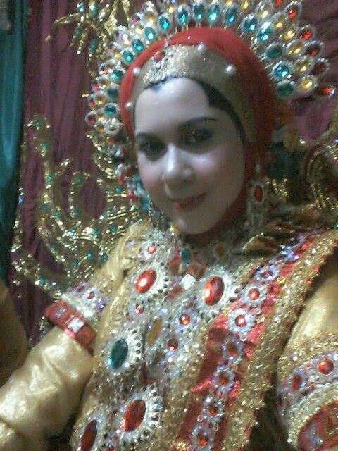 Bugis Makassar in Gold