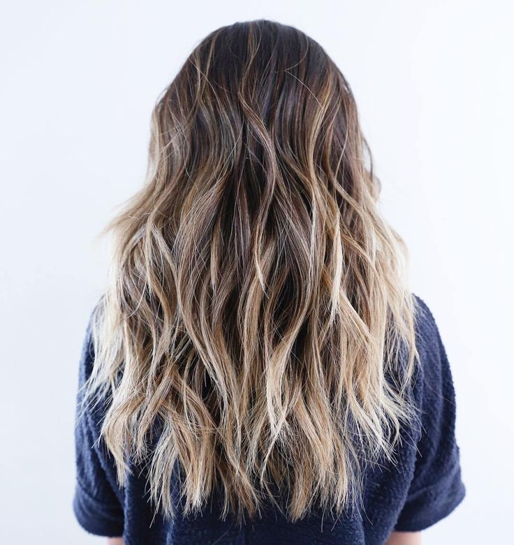 Long+Choppy+Hairstyle+With+Blonde+Highlights