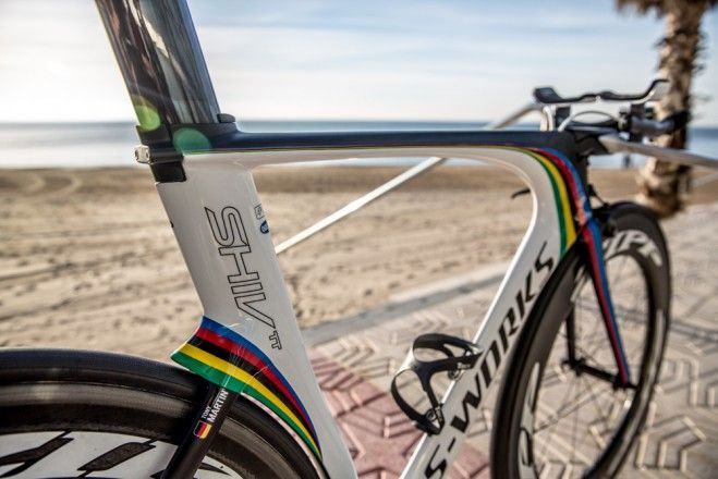 "Pro Bike Gallery: Tony Martin's Specialized Shiv TT S-Works - VeloNews.com. Size medium (54cm) for the 6'1"" Panzerwagen, who has an opportunity to equal Cancellara with a fourth gold at this year's world TT championship."
