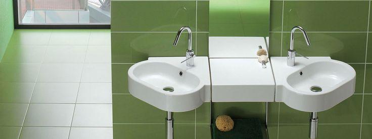 Lavabi e sanitari mini, sospesi e di forme speciali, studiati per bagni di dimensioni ridotte. In una parola: salvaspazio