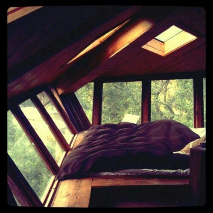 Cool bedroom.