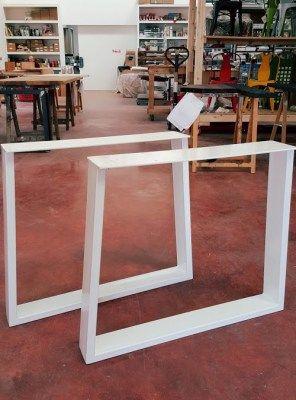 Coppia di gambe in ferro trapezio per tavolo da pranzo 75x75