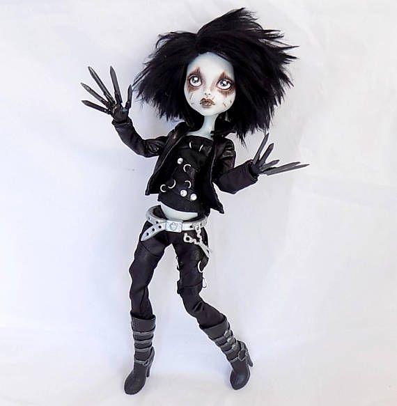 Edward Scissorhands OOAK Monster high Puppe