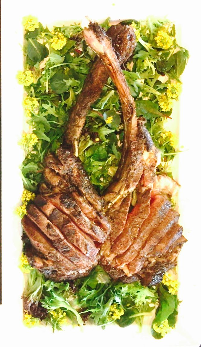 4.5 kg of Thomahawk at Recipe Restaurant