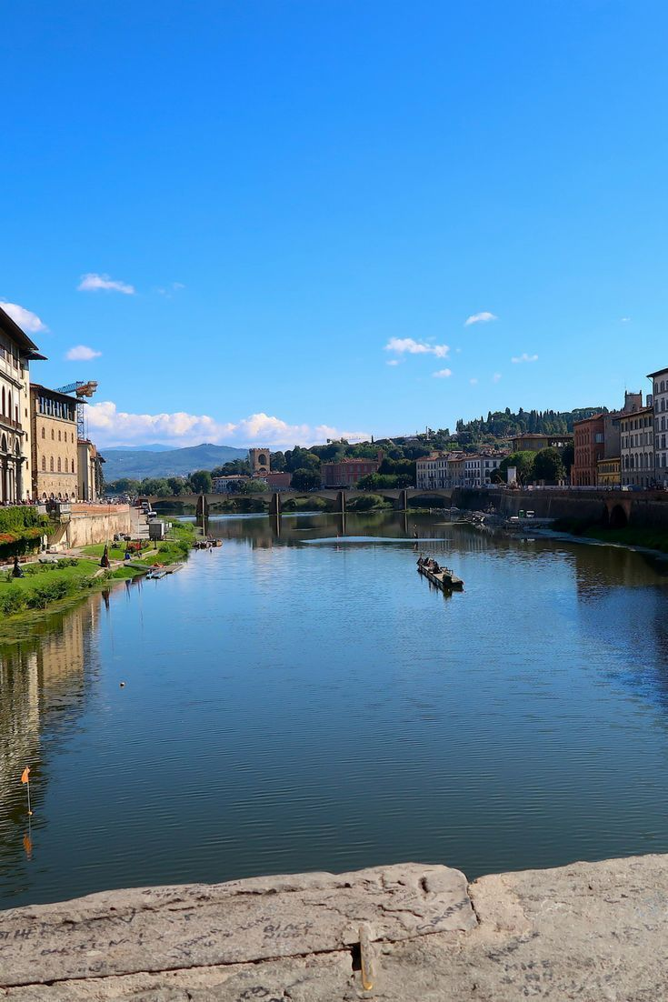 Experience life in Florence, the most beautiful city in Tuscany. Marvel at the architecture, taste the Tuscan wine and indulge in delicious Italian food.