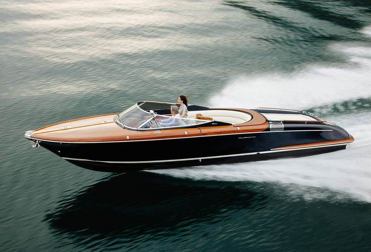 12 Boats That James Bond Would Kill For