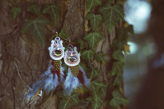 Boho style earrings with feathers
