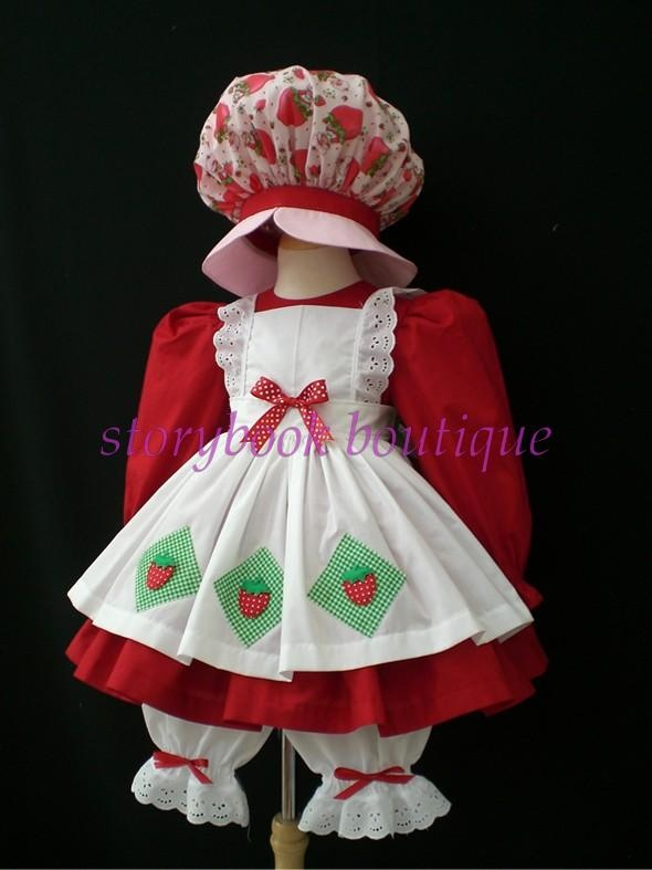 Vintage Strawberry Shortcake costume! OMGosh <3  My mom made me a costume like this when I was little, it was my most favorite costume ever!  (except mine was cuter!)