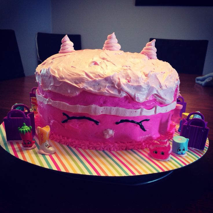 Cake Artist Reva : Shopkins cake desserts Pinterest Shopkins cake and Cake