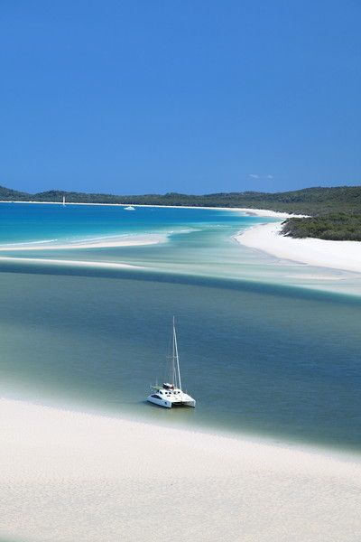The Whitsundays, QLD. Cant decide which island to visit? Hire a yacht and visit them all!