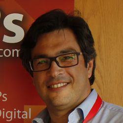 """""""Conrado, os meus parabéns. Você conseguiu criar uma ferramenta para o desenvolvimento sustentado de negócios online e offline. A formação está muito bem estruturada, é fácil de compreender e transforma qualquer empreendedor num vencedor nato"""". - Paulo Sardinheiro - Casarent"""