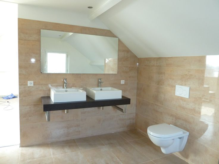 Venis shine laton venis en porcelanosa tegels pinterest - Porcelanosa tegel badkamer ...