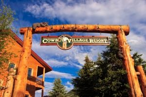 Cowboy Village Resort, Jackson, WY   Of the Best Ever! I do my laundry across the street haha :p