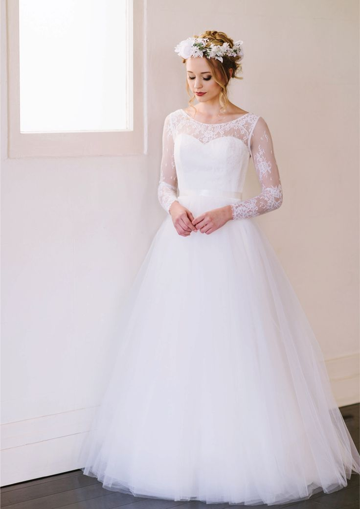Hannah - Chantilly lace bodice with full length sleeves and a billowing tulle skirt