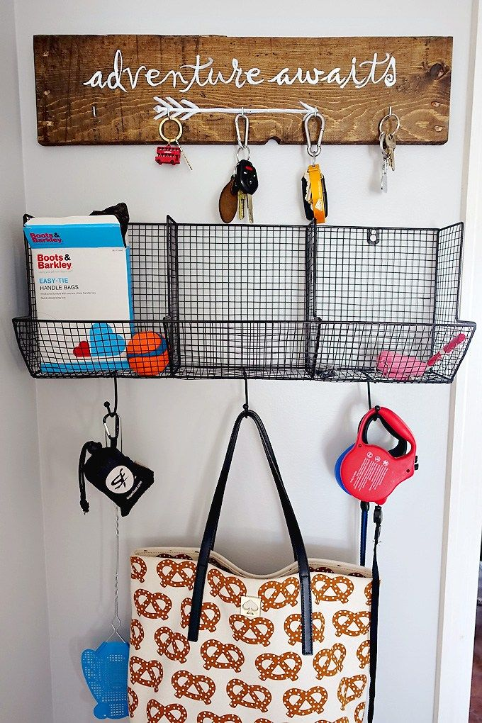 Easiest DIY project ever - make your own adventure awaits pallet sign key holder with instructions and a free template!