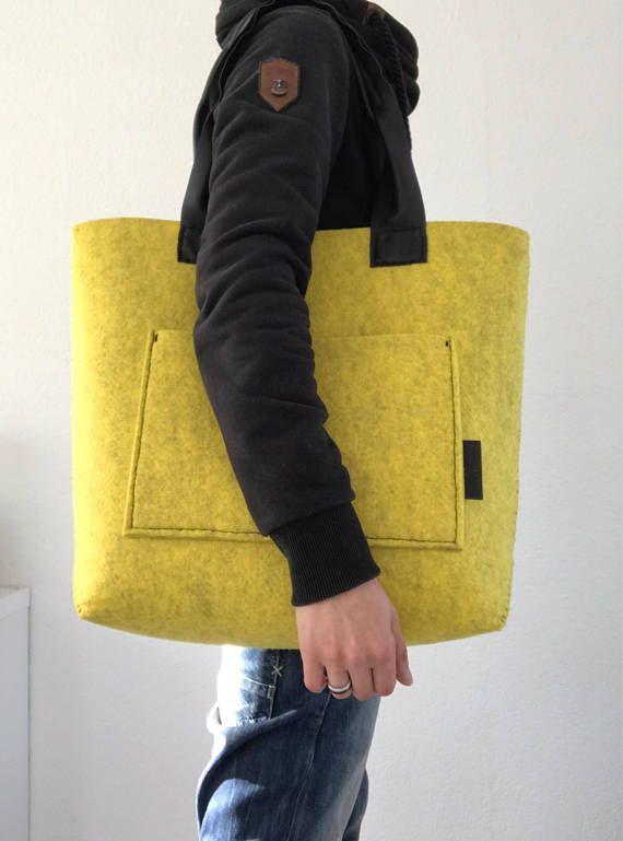 Handgenähtes marmoriertes Gelb (ich denke, Pantone PMS 101 Grundfarbe) 7 mm dicke …