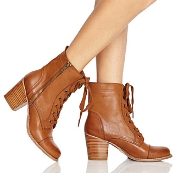 25 best ideas about brown combat boots on