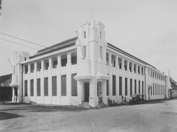 The Koninklijke Paketvaart Maatschapij (KPM) office building in Kota Lama, Semarang around 1930