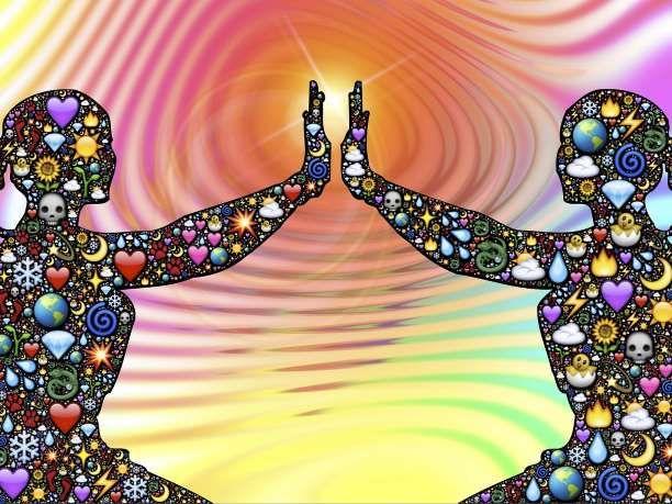 «Αν θέλετε να ανακαλύψετε τα μυστικά του σύμπαντος, αντικρίστε το σύμπαν υπό το πρίσμα της ενέργειας, των συχνοτήτων και των δονήσεων». – Nikola Tesla   Χρόνια τώρα, ακούμε για τη σημασία των δονήσεων ή της συχνότητας του ανθρώπου. Είναι αλήθεια ότι το σύμπαν είναι ενέργεια. Αυτή η ενέργεια όμως έ