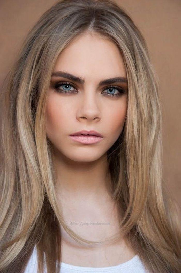 Dark Blonde Hair A Beautiful Straight Hair Girl With Blue Eyes
