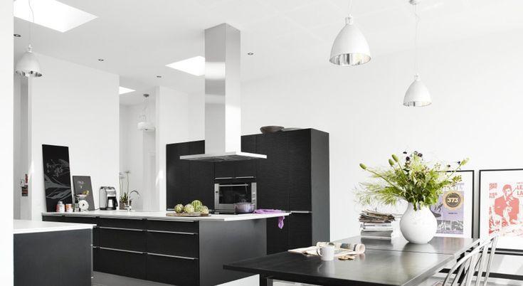 Kjøkkenøy med mye plass rundt