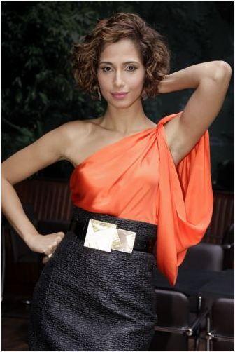 O estilo da... Camila Pitanga - Claudia BartelleClaudia Bartelle